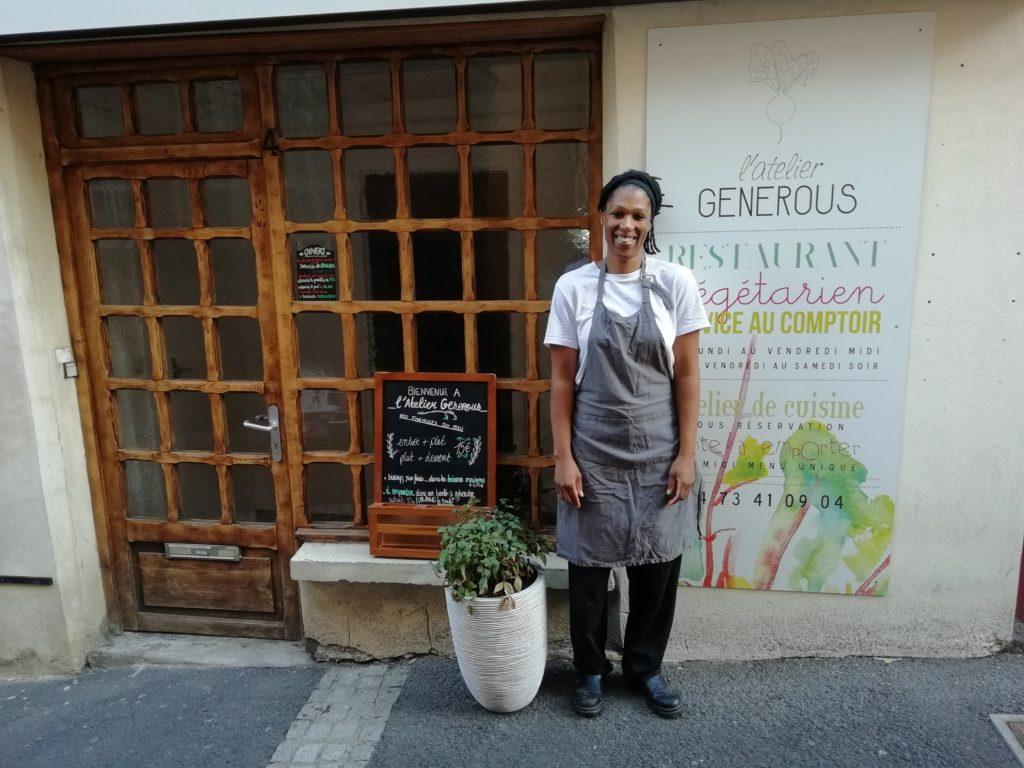 Partenaire de collecte des biodéchets : L'Atelier Generous avec Karima.